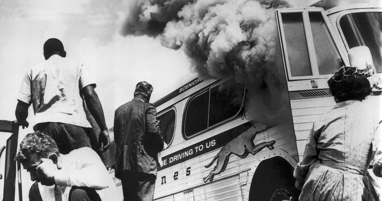 FreedomRiders-BurningBus-1221